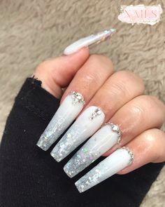 #nails #nailsofinstagram #nailart #acrylicnails #ombrenails #pinknail #nailideas #girlynails #nailinspiration Nailart, White Nails, My Nails, Beauty, White Nail Beds, White Nail