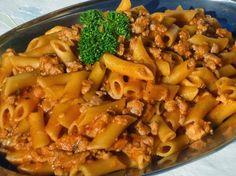 Macarrones a la boloñesa olla GM Gm Olla, Pollo Guisado, Deli Food, Couscous, Pasta Recipes, Macaroni And Cheese, Meals, Chicken, Cooking