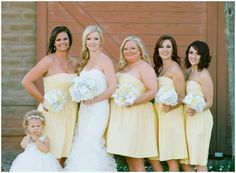 Yellow and grey wedding  | The Budget Savvy Bride