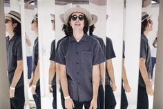 Il numero di consumatori che acquistano articoli di moda sul web è in costante aumento. I motivi principali per questo enorme successo sono la praticità e