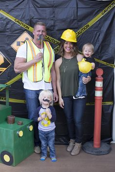 Construction photo booth
