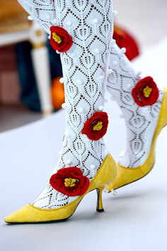 Beautiful embroidered flower tights. Look elegant with these tights. #Tights #socks #flower