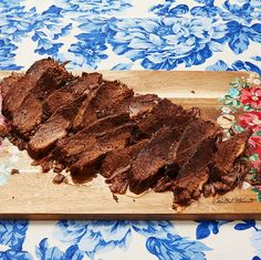 braised beef brisket Best Beef Recipes, Beef Brisket Recipes, Cooking Recipes, Favorite Recipes, Crockpot Recipes, Beef Steak, Roast Beef, Food And Thought, Dinner Today