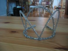 tiara out of pipe cleaners