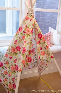 Learn how to create a DIY Teepee No Sew with this step-by-step tutorial. Easy and Diy Kids Teepee, Animal Projects, Diy Ribbon, Pvc Pipe, Slumber Parties, Diy For Kids, Projects To Try, Arts And Crafts, Total Cost