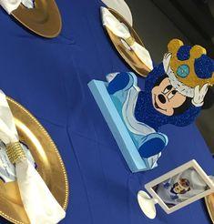 """""""Say hello to baby Mickey, special twist to a Disney classic. #princemickey #miamiplanner #sobe #wynwood #artdistrict"""""""