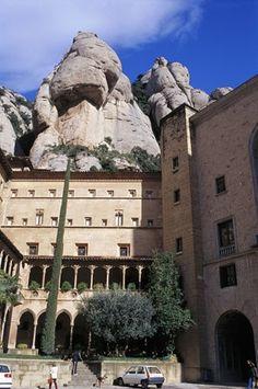 Montserrat Monastery #montserrat #paisatgesbcn