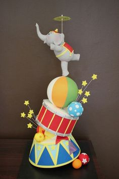 Handi's Cakes - this will be taught at the ACDN CAKE CAMP in March 2013!!!