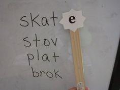 "Silent ""e"" Slam Game...put ""magic e"" on fly swatters!"