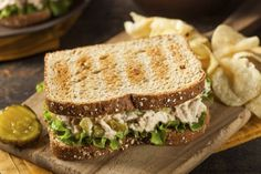 Healthy-Tuna-Sandwich-with-Lettuce.jpgTuscan Tuna-and-Bean Sandwiches Healthy Tuna Sandwich, Healthy Sandwiches, Delicious Sandwiches, Soup And Sandwich, Salad Sandwich, Worst Cooks, Easy Food To Make, Light Recipes, Easy Dinner Recipes