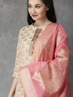 Churidar Neck Designs, Kurta Designs, Indian Wear, Indian Suits, Indian Style, Salwar Kurta, Anarkali Suits, Embroidery On Kurtis, A Line Kurta
