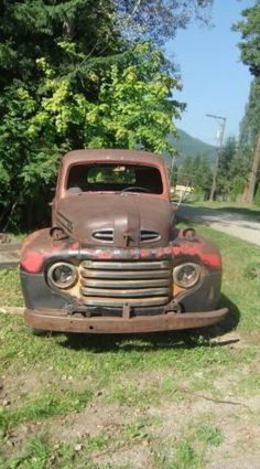 1948 Ford another fixer-upper Old Ford Pickup Truck, Old Ford Pickups, Vintage Pickup Trucks, Old Ford Trucks, Farm Trucks, Hot Rod Trucks, Cool Trucks, Classic Trucks, Classic Cars