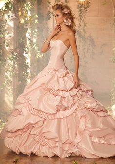 IF I ever were to marry again........  pink ruffles and ruffles and ruffles