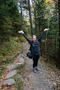 Experience the best hikes and viewpoints at Great Smoky Mountains National Park with this list of things you can't miss -- written by a former park ranger! Gatlinburg Vacation, Gatlinburg Tennessee, Tennessee Vacation, Smoky Mountains Tennessee, Great Smoky Mountains, Most Visited National Parks, East Coast Road Trip, Mountain Vacations, Best Hikes