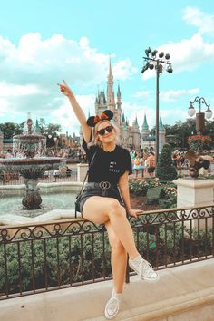 7 able spots at Disney s Magic Kingdom that you don t want to miss Disney World Outfits, Disney World Trip, Disney Vacations, Disney Trips, Disney World Florida, Disney Travel, Disneyland Photography, Disneyland Photos, Disneyland Outfits