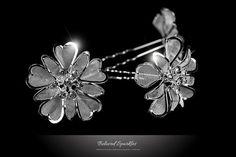 Vintage Crystal Flower Cluster Wedding Hair Pin by BelovedSparkles