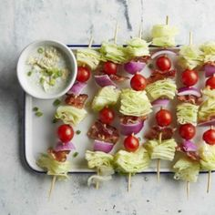 Salad on a stick is a fair food we can get behind. Threading salad ingredients onto a skewer makes for a fun presentation of this tasty salad. Be careful not to overcook the bacon as crispy bacon can be hard to skewer. Lettuce Recipes, Skewer Recipes, Diet Recipes, Diabetic Recipes, Healthy Recipes, Cream Cheeses, Diet Food List, Food Lists, Key Lime