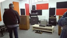 more acoustics enthusiasts and tubes