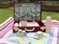 Beautiful Vintage 1950's Brexton Red Picnic Set by emmalovesxxx