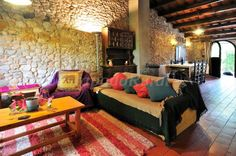 Fotos de Mas Sant Nicolau - Casa rural en Ordis (Girona) http://www.escapadarural.com/casa-rural/girona/mas-sant-nicolau/fotos#p=54eb2b7c39c9a