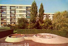L'Haÿ-les-Roses - Groupes Terre et Famille  Sculptures Jeux d'enfants: Pierre Szekely  Création: 1958
