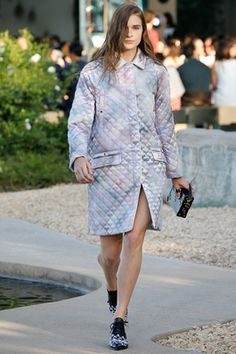 Louis Vuitton Resort 2016 Fashion Show: Complete Collection - Style.com