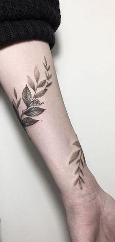 Little Tattoos, Mini Tattoos, Cute Tattoos, Beautiful Tattoos, Small Tattoos, Girl Arm Tattoos, Arm Tattoos For Women, Dream Tattoos, Sleeve Tattoos