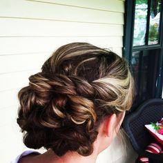 Bride, bridal hair, bridesmaid, updo, twist, braid