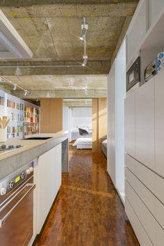 Galeria de Apartamento GL / Estúdio MRGB - 7