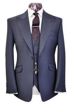 The Morgan Classic French Navy Birdseye – William Hunt Savile Row – 1 – Jake Hudson – Join in the world of pin Sharp Dressed Man, Well Dressed Men, Mode Masculine, Mens Fashion Suits, Mens Suits, Mode Costume, Designer Suits For Men, Mode Chic, Savile Row