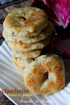 Ciambelle tonno e patate - frittelle saporite, la gioia dei bambini, da cuocere anche in forno