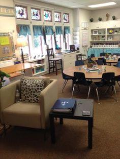 Classic middle school classroom decor check out this cozy classroom 3 classroom design tips that Classroom Layout, Classroom Decor Themes, Classroom Design, Classroom Organization, Classroom Ideas, Classroom Color Scheme, Middle School Classroom, New Classroom, Classroom Arrangement