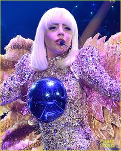Lady Gaga Kicks Off 'artRAVE: The ARTPOP Ball Tour' with Her Amazing Outfits!   lady gaga opens artrave artpop ball tour 02 - Photo