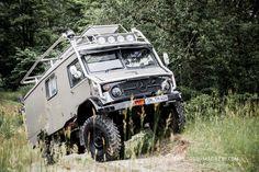 "Unimog 404S, Metz LF8 Expeditionsfahrzeug ~ Miks' Pics ""Unimog 4x4 by Mercedes Benz"" board @ http://www.pinterest.com/msmgish/unimog-4x4-by-mercedes-benz/"