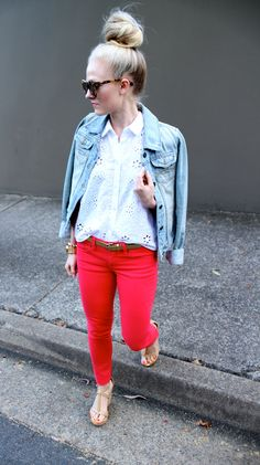 Red pants, denim and up bun. Nice combination !