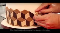 3D Effect with Arcólor® Rolled Fondant - YouTube Cake Decorating Frosting, Creative Cake Decorating, Cake Decorating Techniques, Cake Decorating Tutorials, Creative Cakes, Cookie Decorating, Cake Icing, Fondant Cakes, Cupcake Cakes