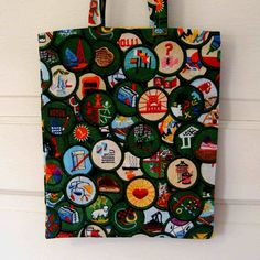 badge bag... somewhere for the girls to put their badges?
