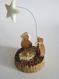 Resultado de imagem para presepios feitos em cortiça Kids Christmas Ornaments, Christmas Home, Christmas Crafts, Xmas, Nativity Creche, Nativity Scenes, Wood Slice Crafts, Cork Art, Wine Cork Crafts