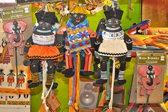 52 Trendy African Art Projects For Children Around The Worlds African Art Projects, African Crafts, Multicultural Activities, Craft Activities For Kids, Craft Ideas, Children In Africa, Art Children, Cultural Crafts, World Thinking Day