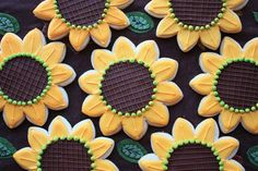 Sunflower Cookies | Be careful while enjoying Sunflower Sugar Cookies to your heart, as it ...