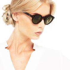 Here Ania is wearing Movitra 315 Dark Havana #sunglasses #movitra #movitraspectacles