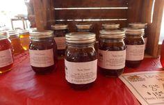 Chemical-free honey, using rhubarb leaves to kill mites inside the hive
