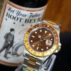 """A super clean Rolex GMT Master II """"Root Beer"""" spotted with its brother.  by @rolexdiver #Watch #Watches #WatchesOfInstagram #WatchGeek #WatchNerd #WatchFam #WristShot #Collection #AudemarsPiguet #Rolex #Hublot #RichardMille #PatekPhilippe #RolexWatch #Mondani #SwissMade #Chronograph #Gold #Platinum #TeamWatchAnish #StainlessSteel #WatchPorn #Tourbillon #WatchAnish #Horology #Haute #WatchCollector #Time #Luxury #Billionaire by acquiredtime"""