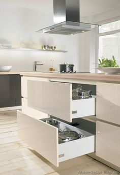 Idea of the Day: Modern Two-Tone Kitchens. (By ALNO, AG). Very nice, two tone gray white island hood wood floor deep drawers Wood Kitchen Cabinets, Kitchen Drawers, Kitchen Design, Kitchen Cabinet Design, Modern Kitchen, White Kitchen Cabinets, Kitchen Style, Kitchen Cabinets, Trendy Kitchen