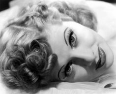If Lucille Ball were still alive, she would be 100 years old today. Many people don't realize that, before she became the most famous female comedian in the history of show business, Lucille Ball was I Love Lucy, My Love, Lucille Ball, Vintage Hollywood, Hollywood Glamour, Classic Hollywood, Hollywood Stars, Hollywood Icons, Divas