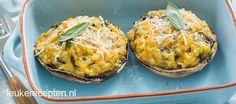Portobello met pompoen risotto - Leuke recepten Fall Recipes, New Recipes, Cooking Recipes, Favorite Recipes, Veggie Christmas, Good Food, Yummy Food, Portobello, Risotto