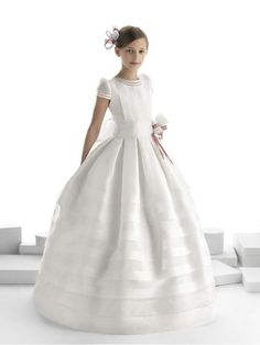 Vestidos Primera Comunión 2014: Fotos colección Rosa Clará First | Ellahoy