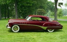 1949 Buick Rivera 2 door hardtop - I would really like to have this car Lamborghini, Ferrari 458, Luxury Sports Cars, Vintage Cars, Antique Cars, Vintage Auto, Subaru, Buick Cars, Buick Roadmaster