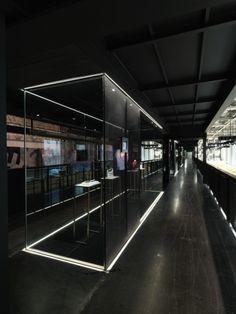 Fendi Milan Showroom & Press HQ by Marco Costanzi - News - Frameweb #design #interiordesign #interiors