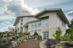 Modern Style House Plan - 4 Beds 5.5 Baths 4887 Sq/Ft Plan #48-468 Exterior - Front Elevation - Houseplans.com
